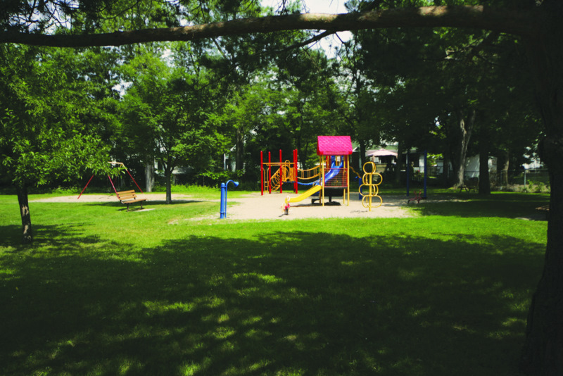 Click to enlarge image Jasper playground 2.jpg
